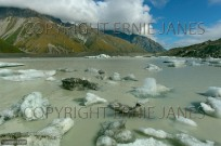 Tasman Glacier Lake Southern Alps New Zealand (EAJ009128)